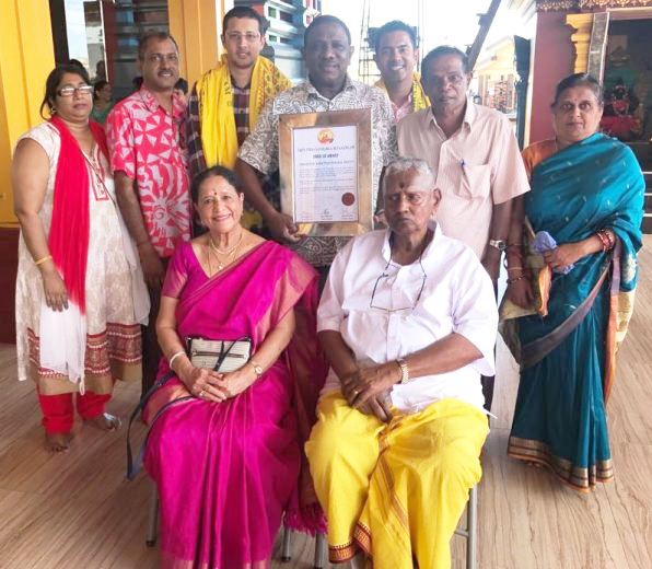 Tanoa Hotel Group Mr YP Reddy receives a Special Lifetime Award1..jpg
